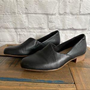 CLARKS Juliet Palm black slip on dress heel Comfort Heels